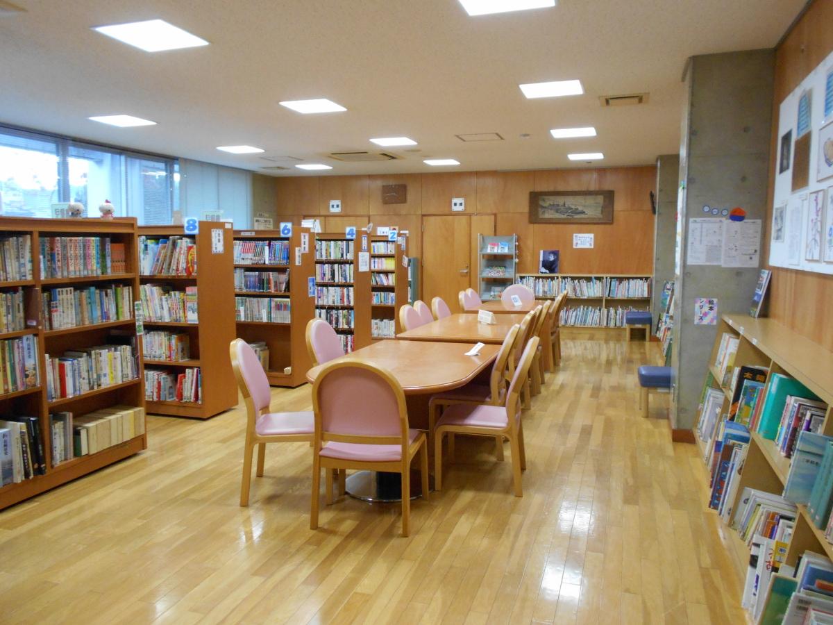 「うちらの本箱」は、現在永井記念館と併設され、近所の子供達が毎日訪れ、利用している。